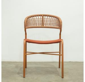 Cadeira Arena assinada por Ibanez Razzera - Modalle