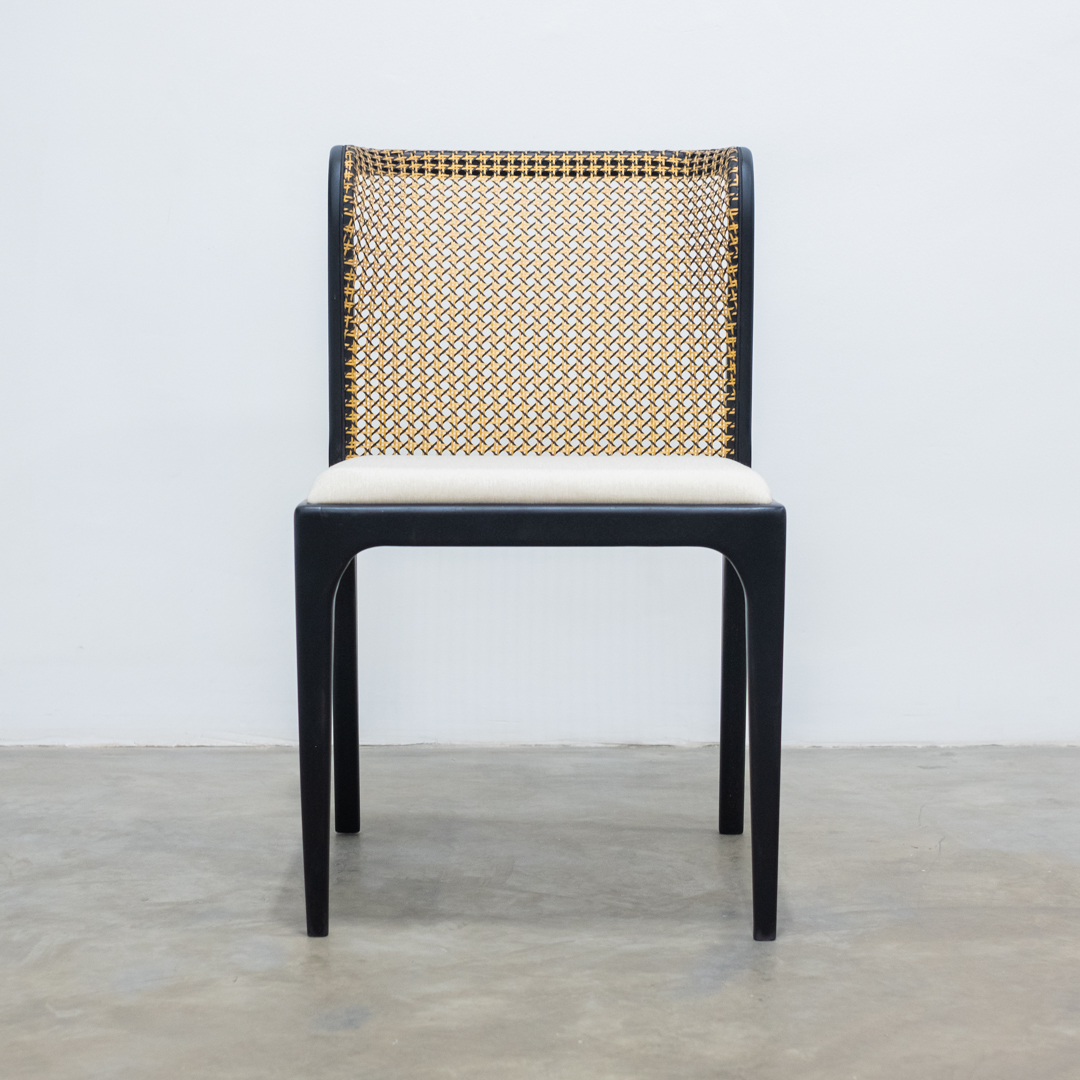Cadeira de jantar Eloá encosto em palha natural madeira na cor ebanizada - Sier Móveis