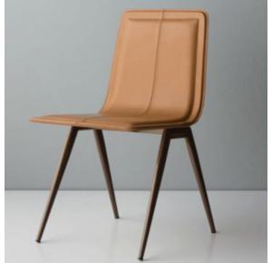 Cadeira Tecno assinada por Marcelo Ligieri - Doimo